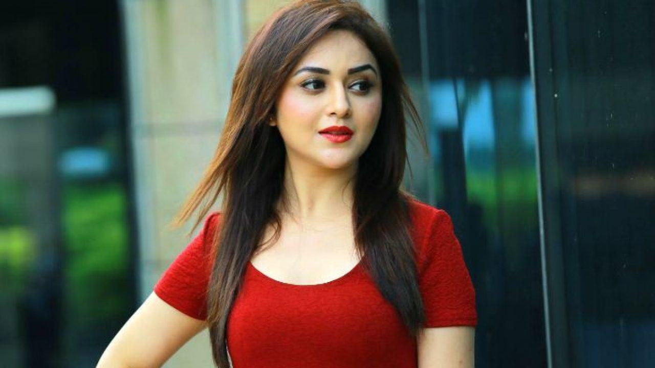 Ragini Nandwani uttarakhandi Actress