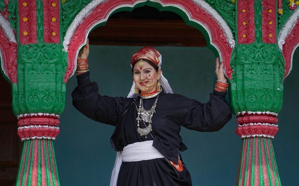 Sangeeta Dhoundiyal is the most popular singer of uttarakhand