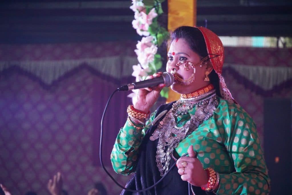 Hema Negi Karasi is the most popular singer of uttarakhand film industry