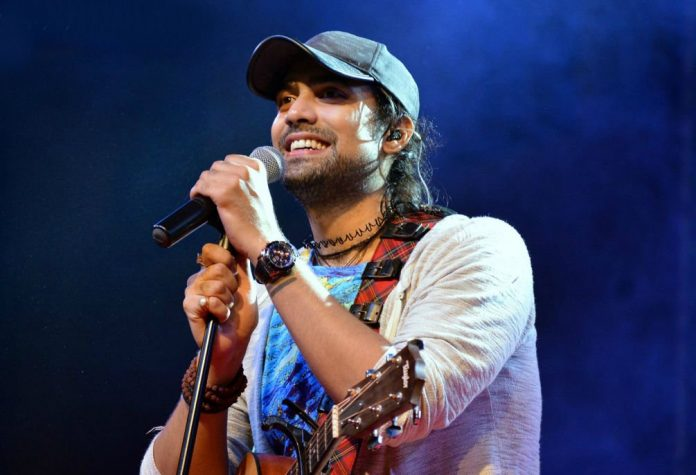 Seeing the spirit of the Uttarakhand Police in the hour of this crisis, Jubin Nautiyal sang the song