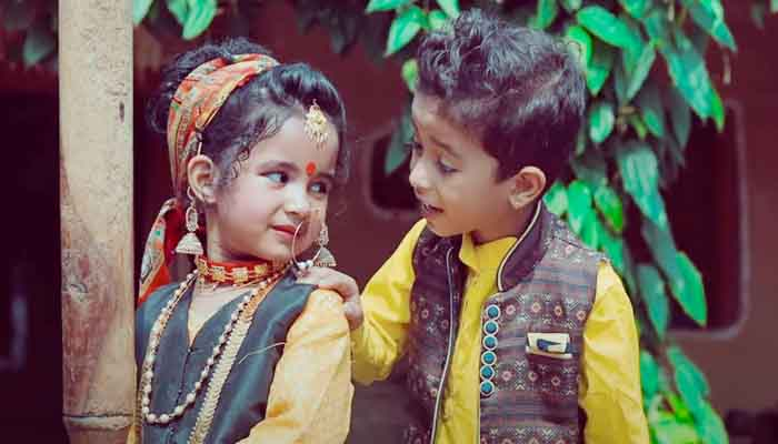 gunjans-ginjyali-received-a-beautiful-gift-from-chandigarh-the-innocence-of-the-child-artisans-looted-the-audience-heart