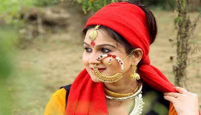 17201-2music-is-the-life-of-sangeeta-dhondiyal-read-the-life-of-uttarakhand-folk-singer-sangeeta-dhondiyal