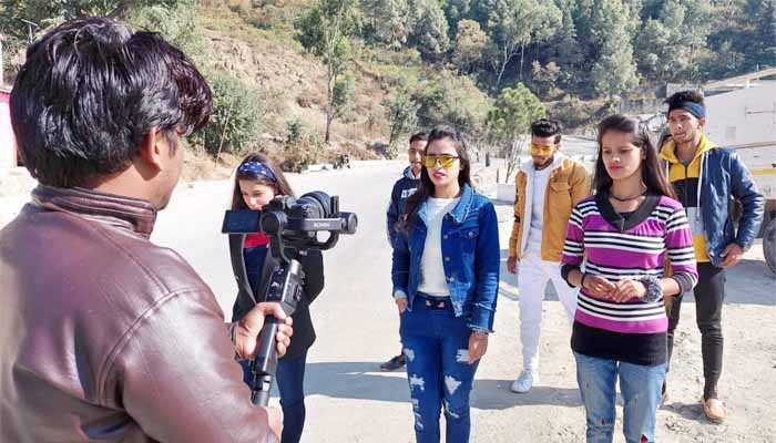 shooting-of-silky-raka-pwan-in-chamba-video-to-be-released-from-hardik-films
