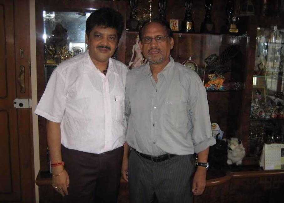 Parashar Gaur with Udit Narayan