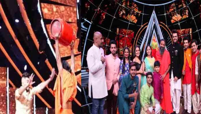 Indian Idol 12 के सेट पर बाबा रामदेव ने कोरोना से बचने के दिए टिप्स, तस्वीरें हो रही वायरल।