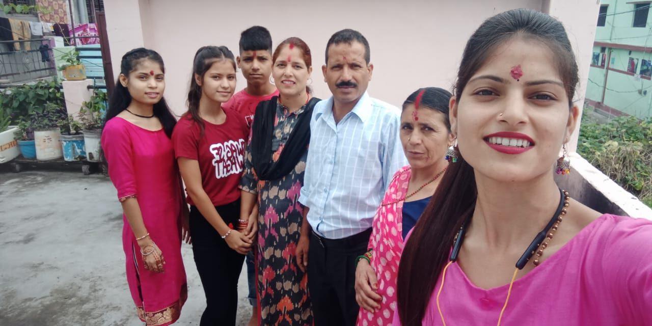Anisha Ranghar Family Photo