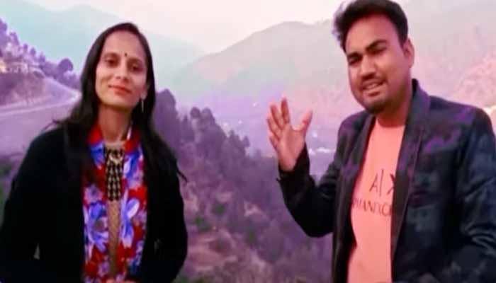 20592-2the-listeners-were-convinced-of-dhanraj-sangeetas-jugalbandilambi-latuli-song-became-super-hit