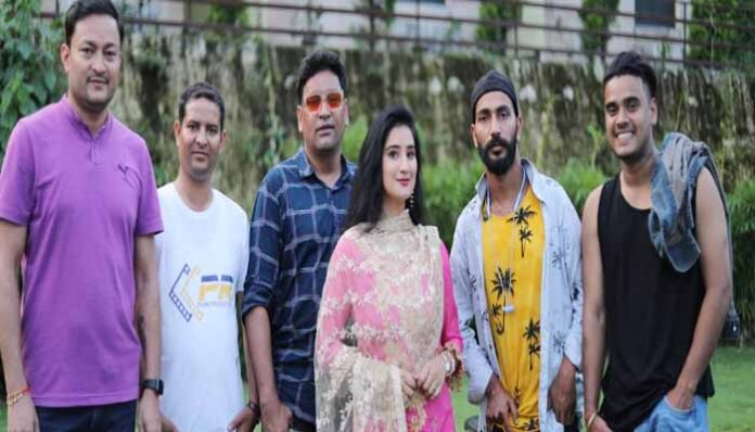 shooting-of-indra-aryas-new-song-completed-video-will-be-released-soon